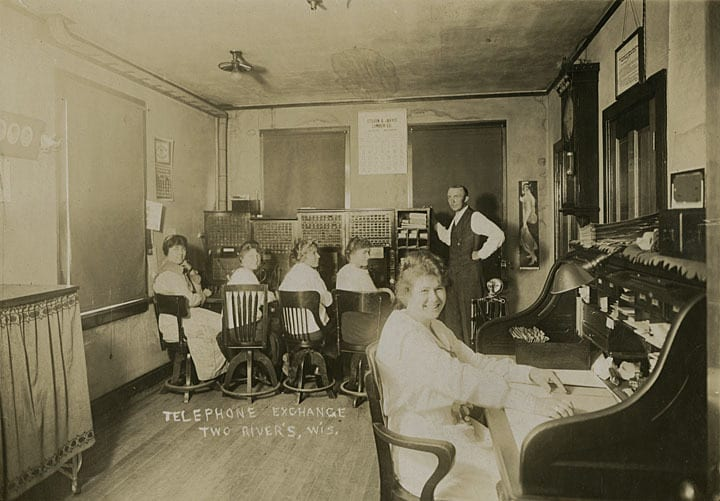 Switchboard operators at the Telephone Exchange, Two Rivers, 1917.
