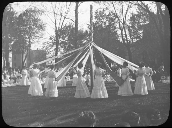 Maypole dance, May Day 1910. Lawrence University Archives.
