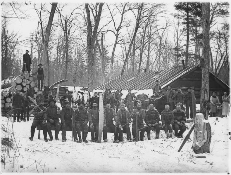 Logging crew in camp, 1895. Chippewa Valley Museum.