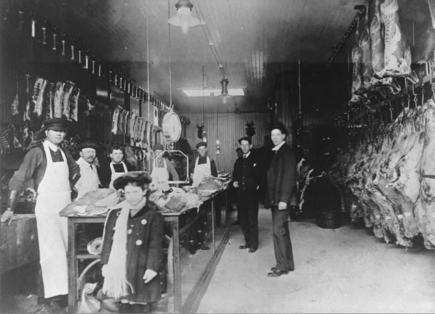 Kleiner Meat Market, Eau Claire, 1897. Chippewa Valley Museum.