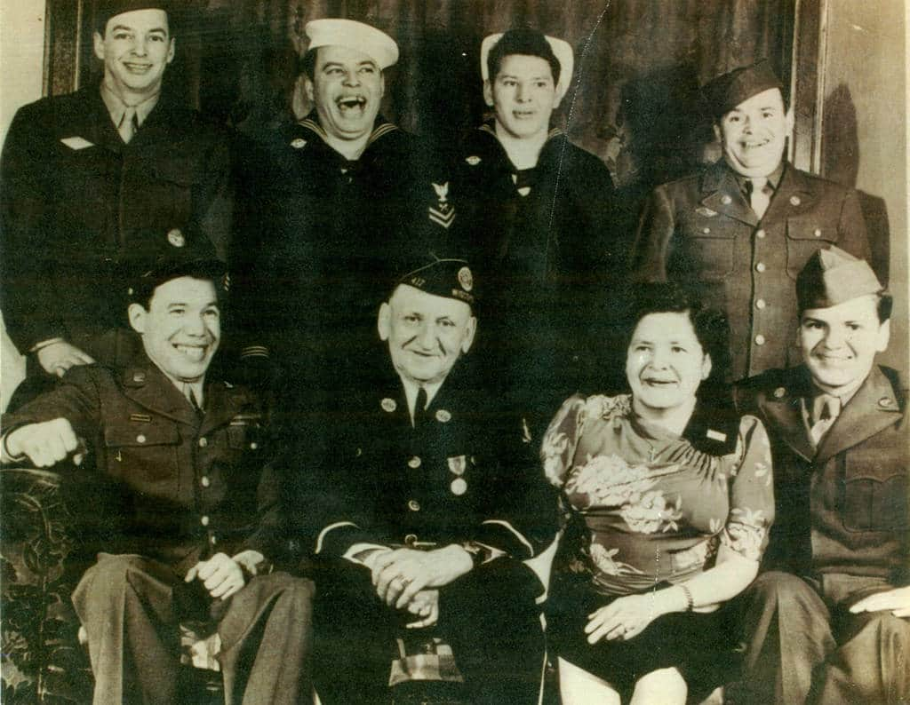 The Jack and Eliza Kelly family. Contributed by David M. Turney, Sr.