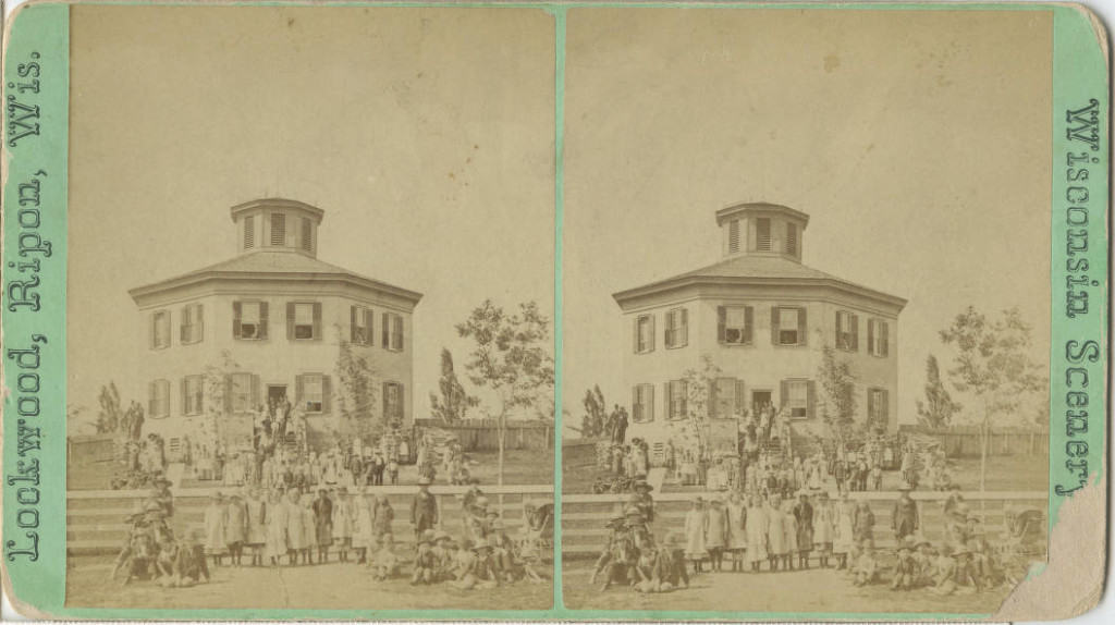 Stereograph of octagonal schoolhouse, 1857. Ripon Historical Society.