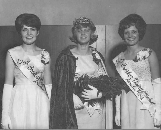 Claire Halvorson, Marlys Kolstad and Mary Sonsalla, Miss Arcadia pageant, 1967. Arcadia Public Library.